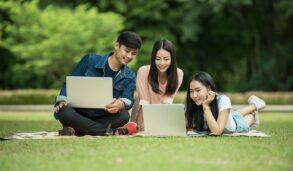 당신에게 더 효과적인 영어공부방법은? 화상영어 VS 전화영어 전격 비교!