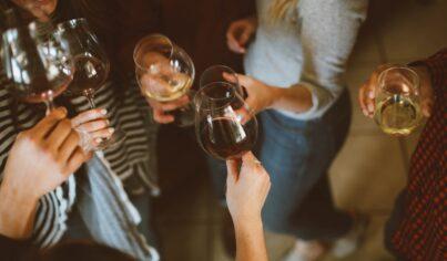 충분히 Aeration할 시간이 없으면, Swirling만 하고 마시자! 당신이 이해한 와인 용어는?