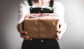 """기념품이 """"gift""""라고? 정확한 영어 표현과, 알아두면 쓸데 있는 유용한 여행 영어까지 알아보자!"""