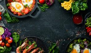【美食英文】脆的、辣的、食物變質英文怎麼說?Engoo教你13個形容食物的單字!