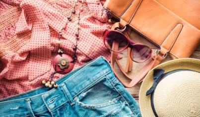 【影視英文】巴黎街頭時尚必備   時下流行的貝蕾帽、鴨舌帽英文這樣說!