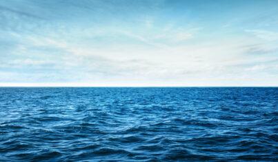 【主題單字】make waves 意思是造浪?不要被笑,趕快學關於海洋的這七個片語!